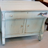 Lindy Farmhouse Washstand