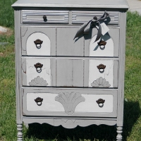 Mary Antique Chest
